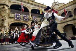 Fiesta de la Charrada en la Plaza del Ayuntamiento de Ciudad Rodrigo
