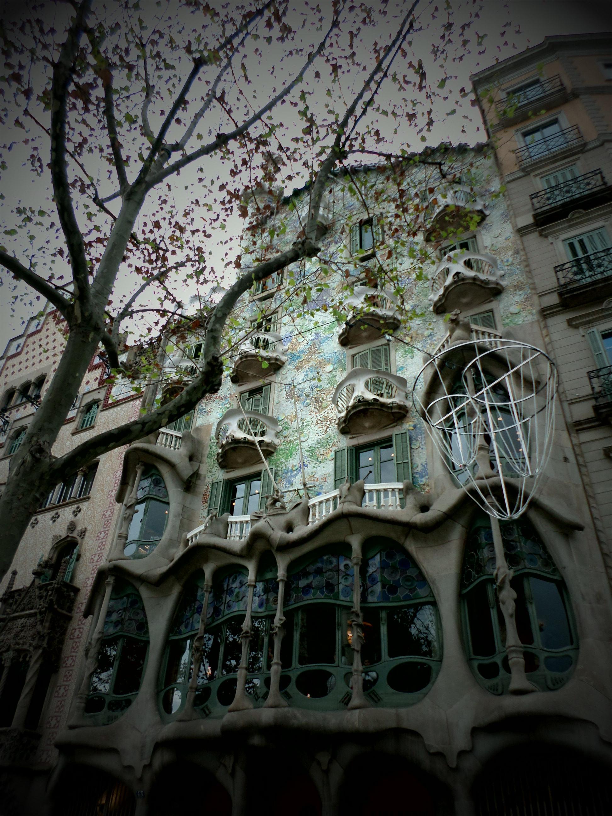 La casa batllo de barcelona de gaudi
