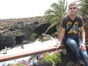 Lanzarote destino de viajes single con cuevas