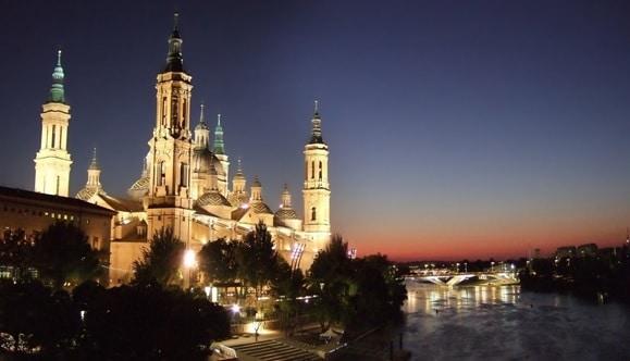 fin de semana single en Zaragoza de turismo