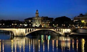 Sevilla para viajes singles de turismo