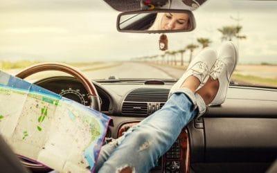 Maneras de ahorrar energía y combustible al viajar en coche